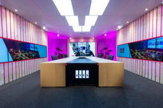 AVEX totaalaanbod: talkshow, virtuele studio of inhouse?