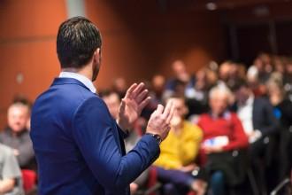 In 8 stappen naar de perfecte spreker voor je event