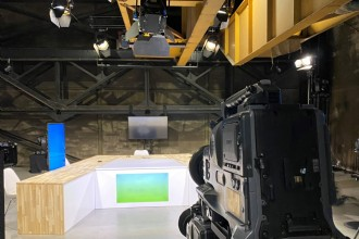 Streaming studio in industriële setting