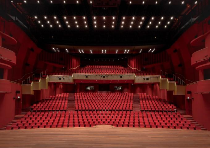 Theaterzaal vanaf toneel